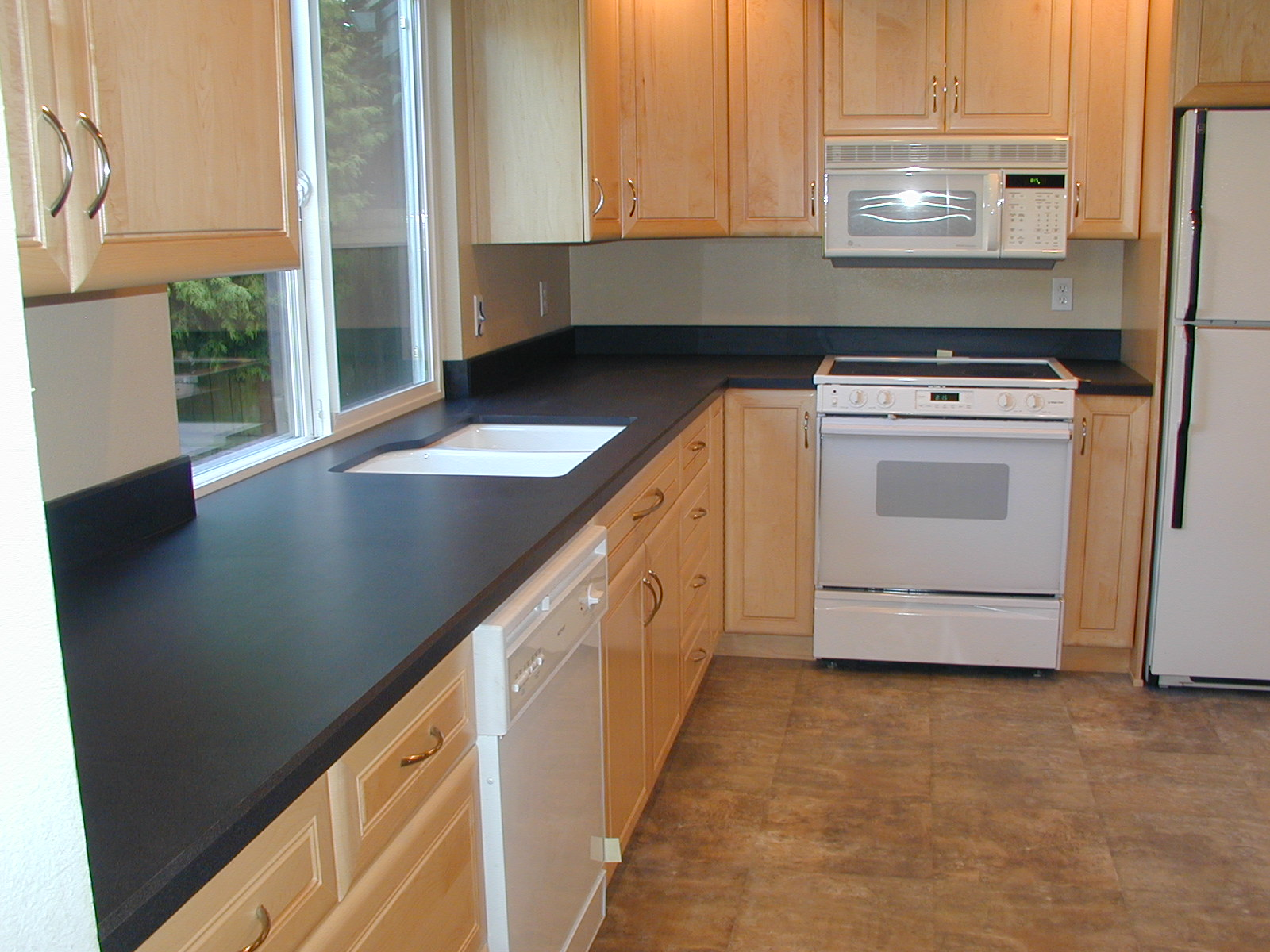 Laminate Countertop Sink Options : Then just pick up some cinder blocks for legs.