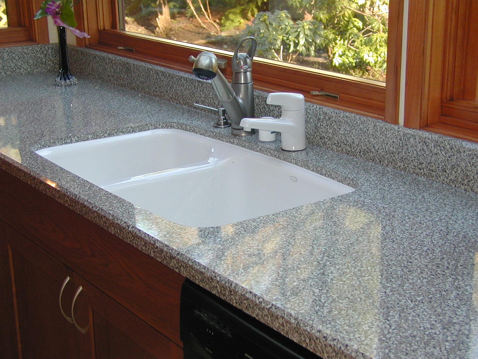 Undermounted Sinks